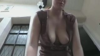 girl deprived of a bra lets you stare handy her little tits