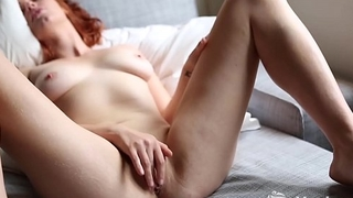 Yanks Molly Broad'_s Sensual Stroking